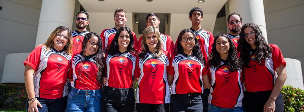 Foto de los estudiantes de ACS con la Dra. Ingrid Montes